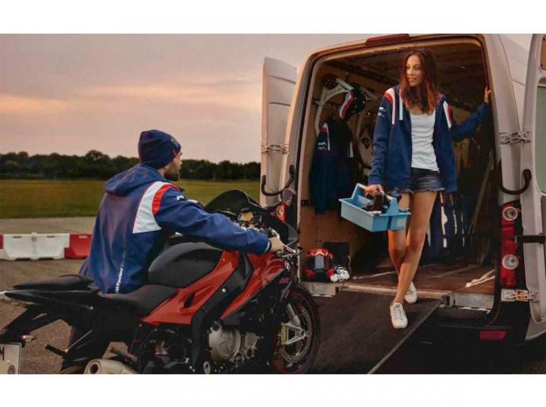 Linha de produtos BMW Motorrad Motorsport celebra retorno da marca ao Campeonato Mundial de Superbike